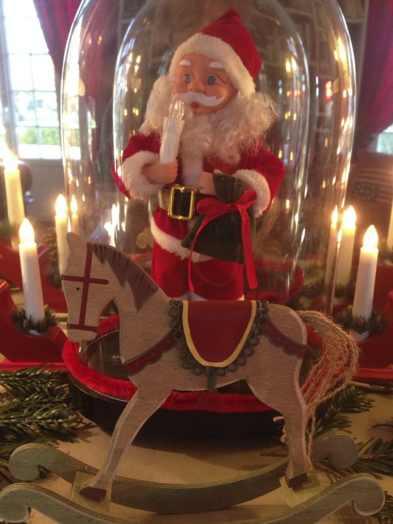 Père Noël sous cloche