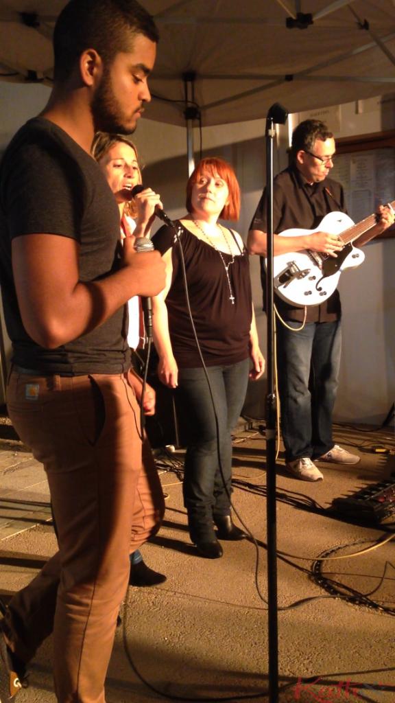 concert pour trois voix et une guitare