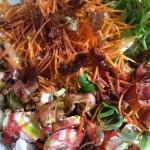 salade carottes, champignons, poulet, lard fumé