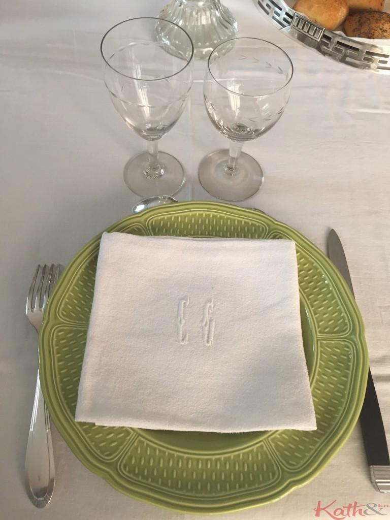 Comment dresser une table à la française?
