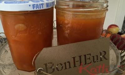 la confiture d'abricot à la vanille et aux amandes