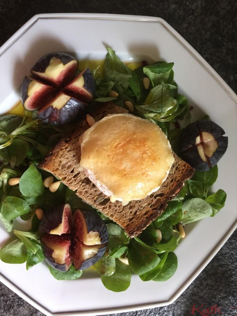 Salade de chèvre chaud aux figues