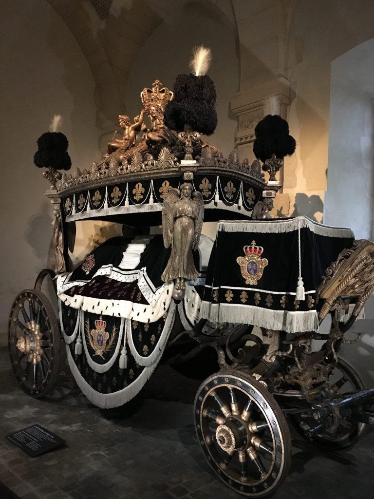 Le char funebre de Louis XVIII