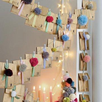 calendrier-avent-papier-laine-tricot-pompons