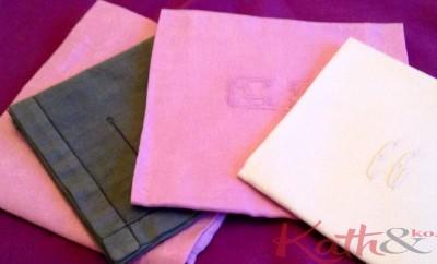 serviettes monogrammes teintes